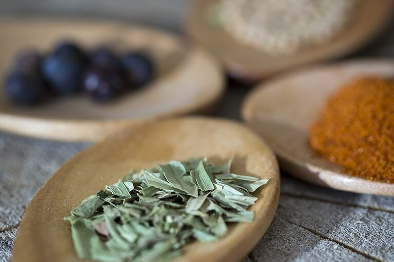 ゆず・青じそ・ミョウガ・ショウガなどの薬味、ハーブ、スパイス、香味野菜など